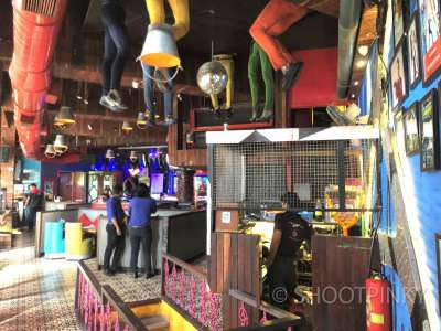 RL restro bar THANE