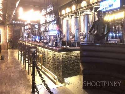 B andheri bar and restaurant