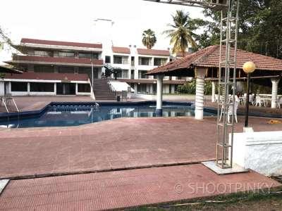 Resort & building ghodbundar