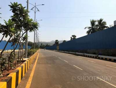 MIRA ROAD( ROAD PICTURES OPT 02)