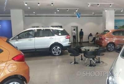 TT car showroom thane