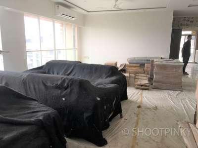 4BHK semi-furnished flat in bandra