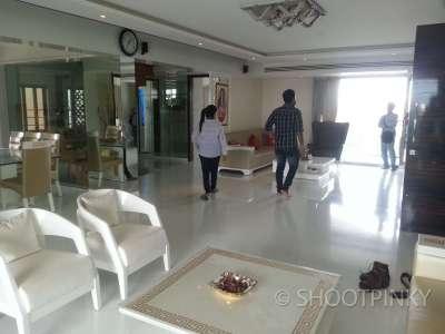 4BHK furnished flat kandivali